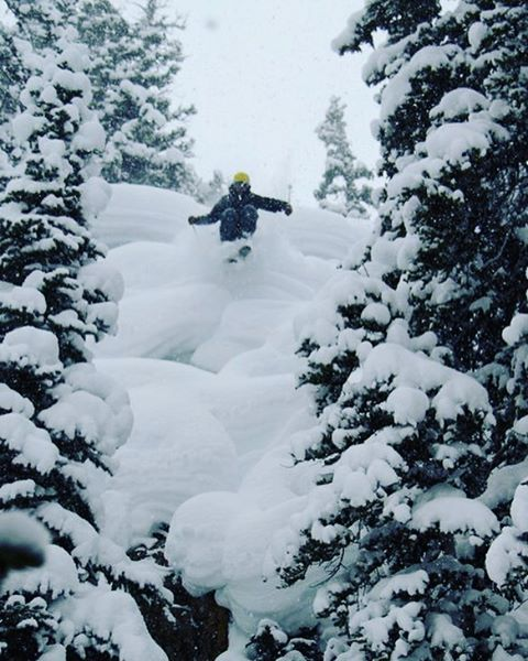 Colorado pillow lines. Skier: @lonesomepony PC: @ebenmond  #defineyourroute #winteriscoming #embracethestorm #flylowgear