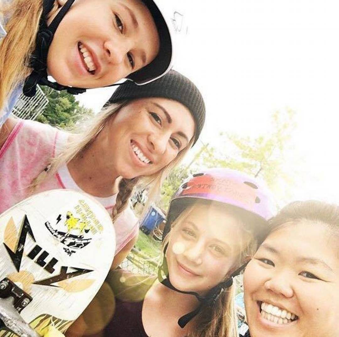 Props to @jordynbarratt and @nataliekrishnadas who went out to Michigan to skate with the locals in an extra special All Girl Skate sesh, followed by the #fallingupandgettingdown demo and panel discussion; representing professional female skateboarding...