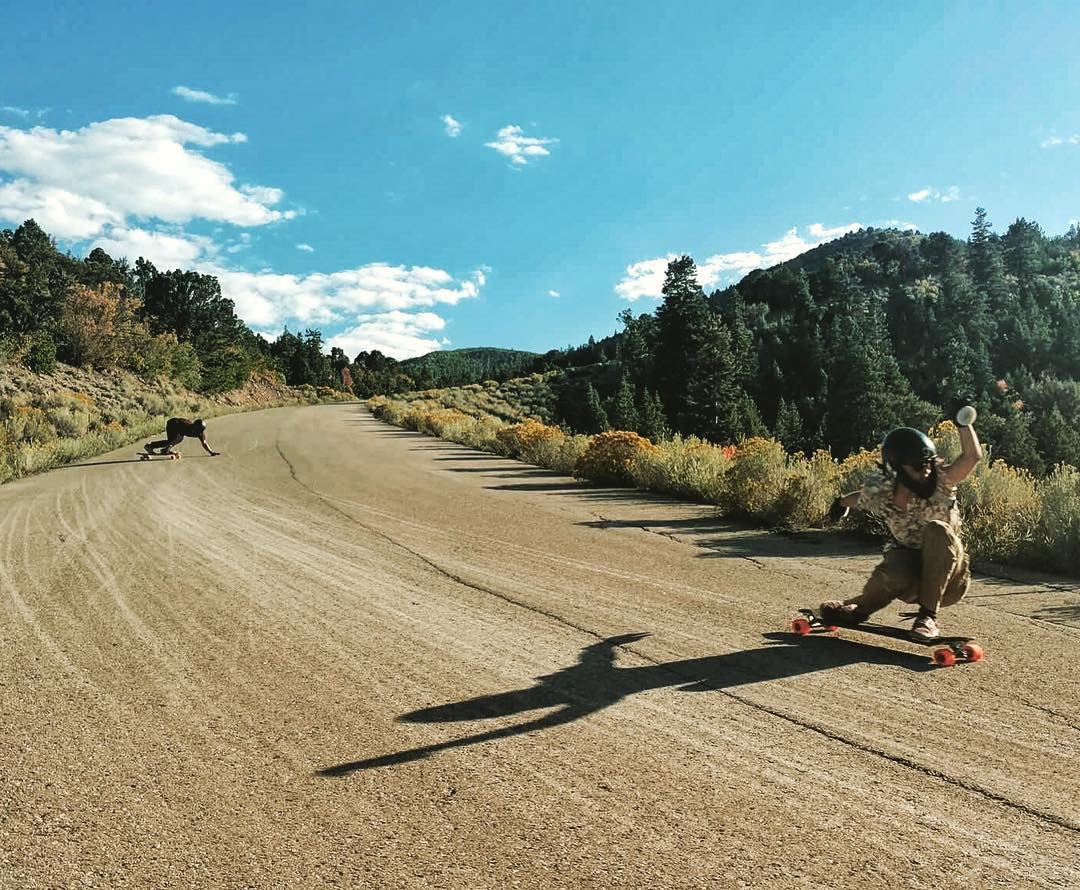 #LoadedAmbassadors @camilocespedes and @avant_gnar skating safely close into a fast left in wonderful Utah.