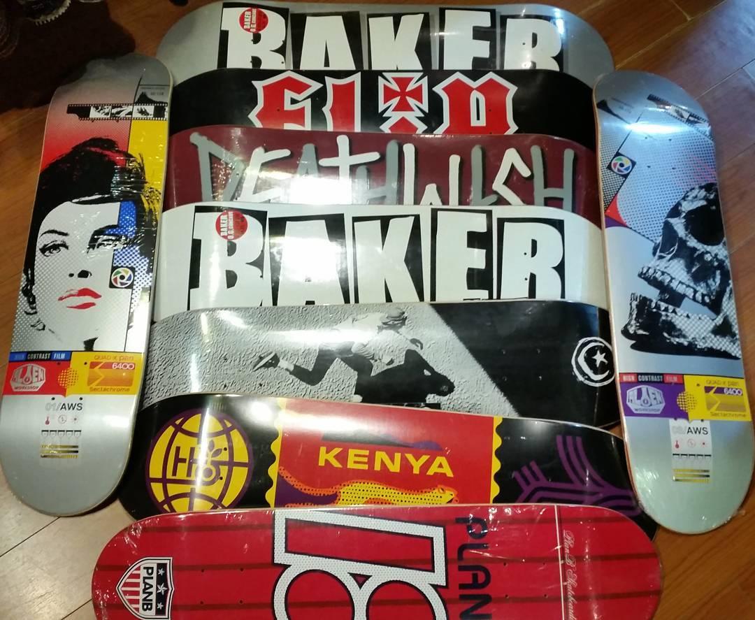 Maples inmaculados.. #baker #alien #planb #habitatskateboards #flip #foundationskateboards