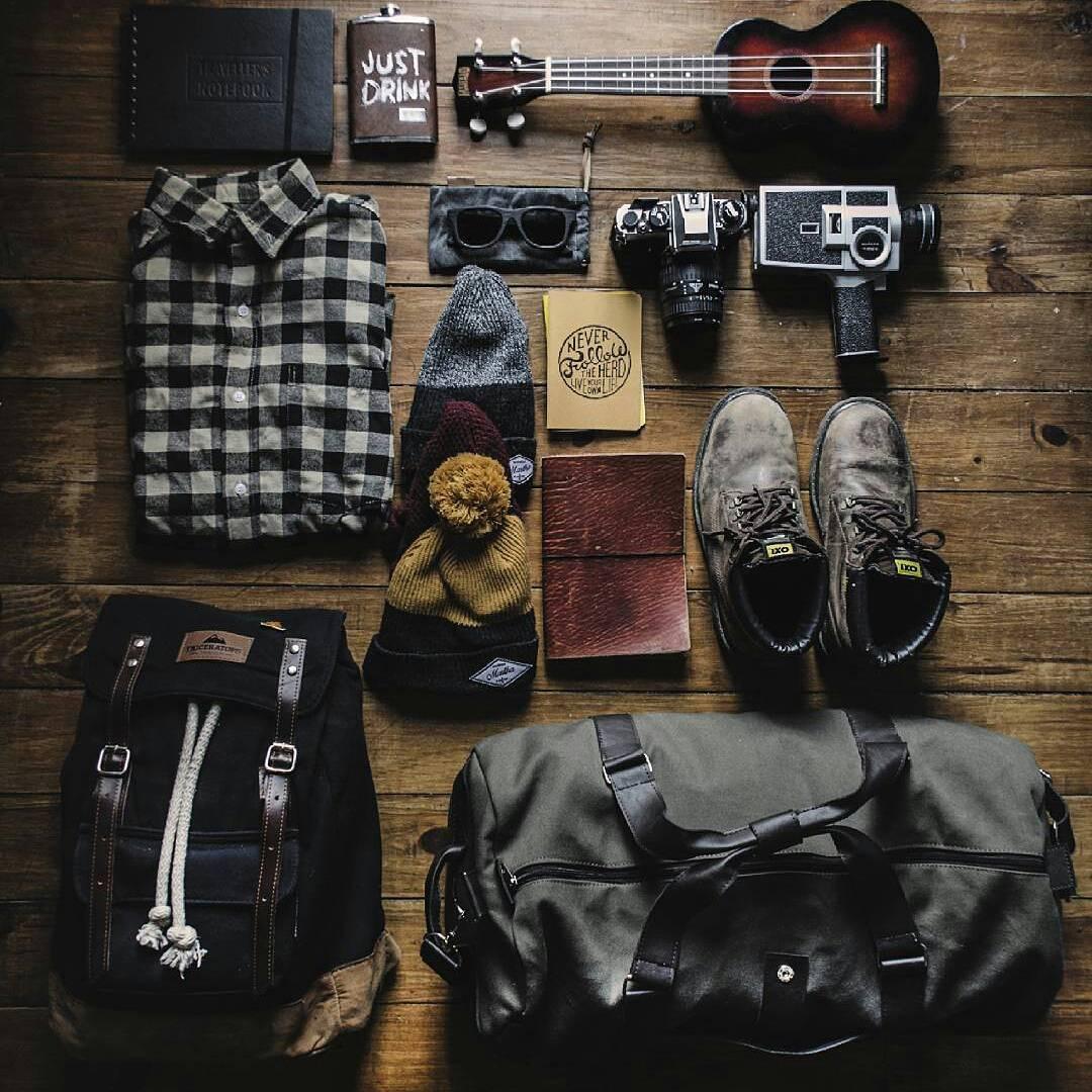 Jueves de preparar viajes ✈ Bonfire Black / Duffle Verde Ombú  @tomomedina