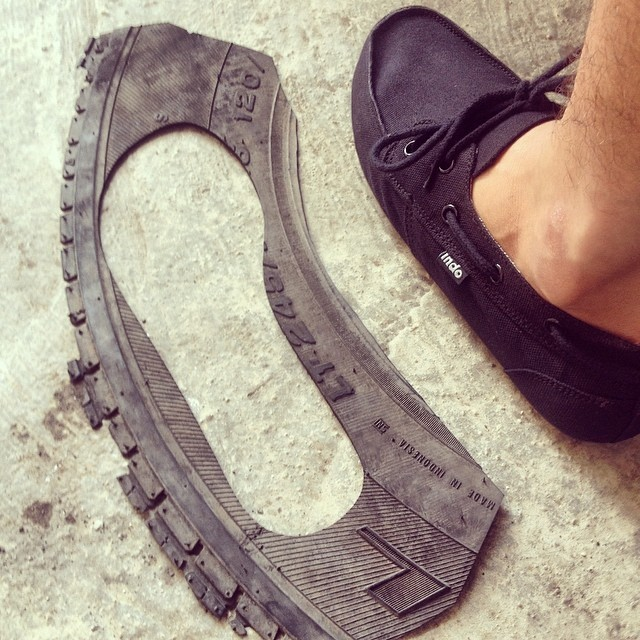 Start to finish; from trash to treasure /// Featured shoe: #blackprahu /// All product is handmade in Bali, Indonesia /// on a quest to save 1 millions tires from landfills and give them new life as soles for our footwear  #repurposed #soleswithsoul...