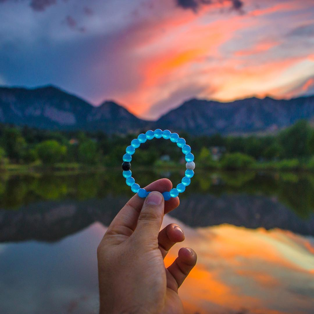 Only a few more hours left to purchase the Water Lokai!  Don't miss out! Head to the link in our bio to support now!
