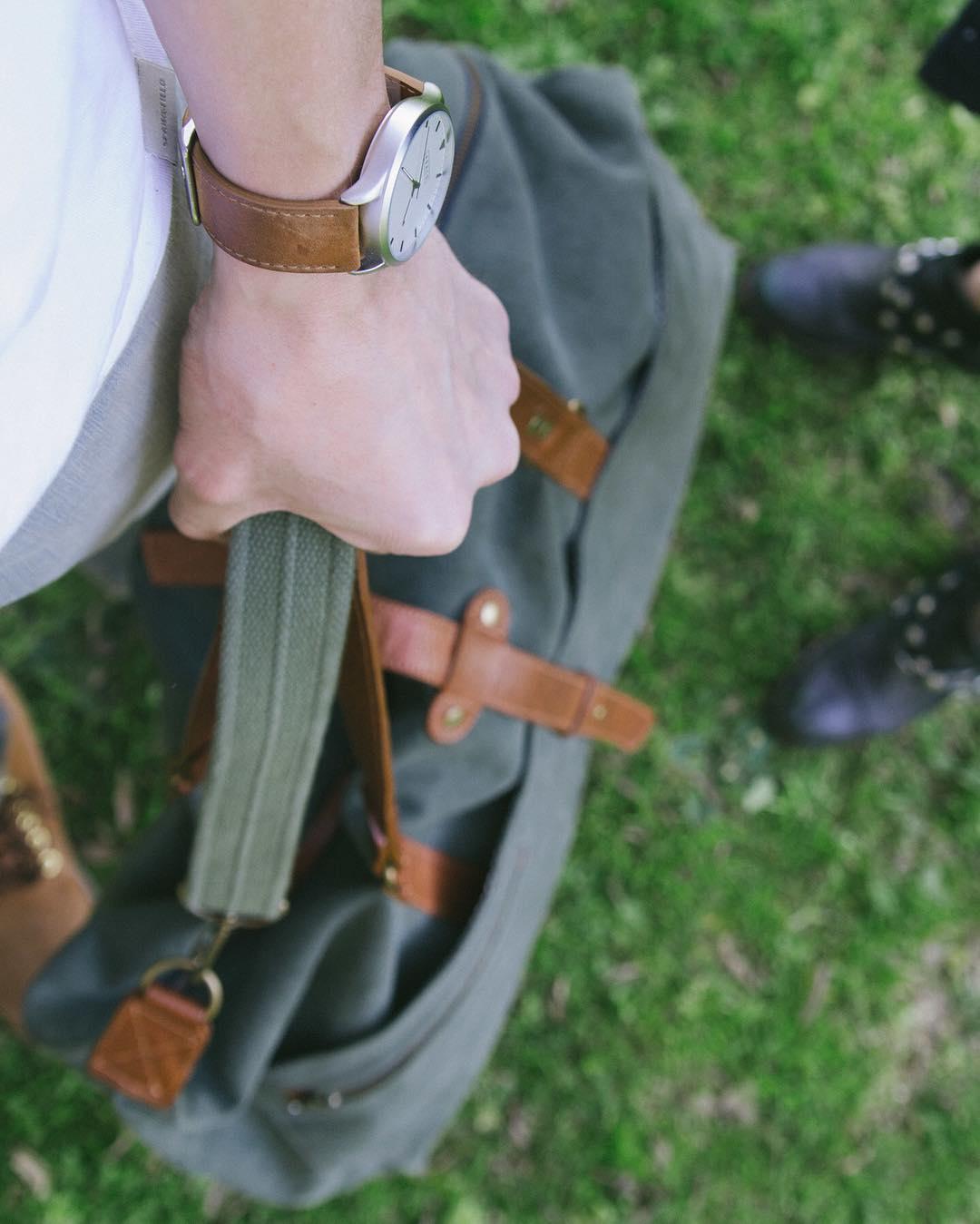 Sábado!  Llevá tus cosas con estilo en el Irvington, a un 30% off por tiempo limitado.  www.tinchoandlola.com