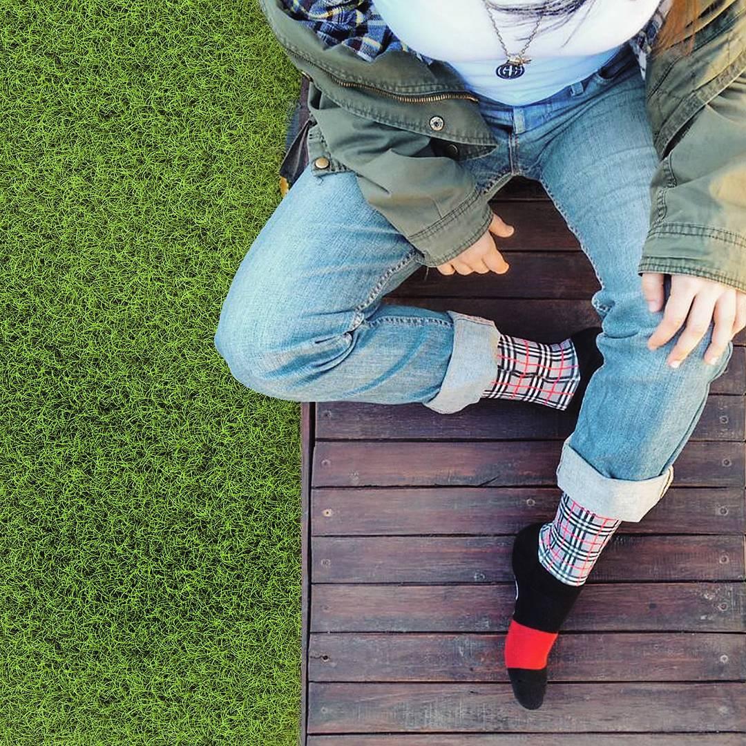 ¡A disfrutar del fin de semana al aire libre y descansar con unas #OliverSocks en tus pies!  Ingresá ahora a la web, aprovechá el 20% de descuento y#CreaTuPropiaHistoria. . . #Oliver#Medias#Sábado#Baileys #AireLibre #Naturaleza #Fashion #Look...