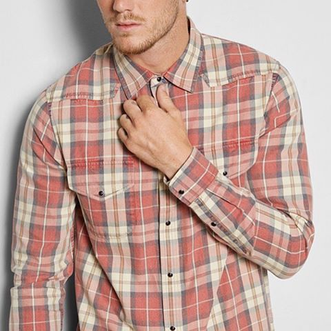 Fall, football and flannels. That's my kind of Saturday. #livesustainably