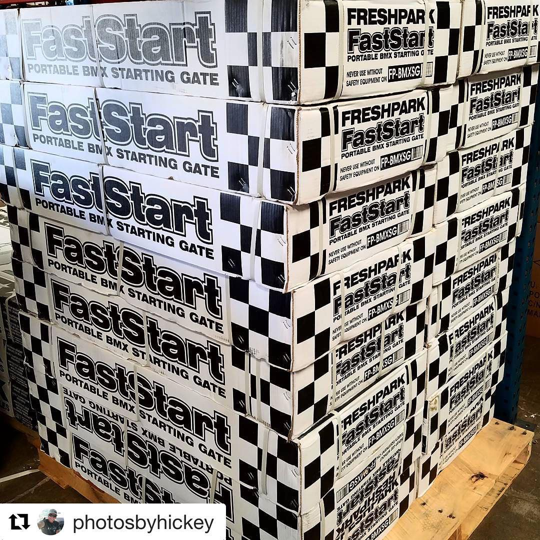 #Repost @photosbyhickey Freshpark FastStart BMX Portable Practice gates are in.... #bmx #startinggate #freshpark