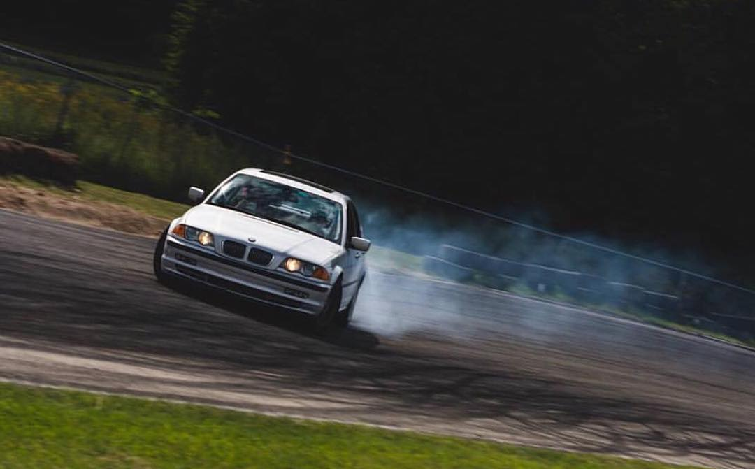 Who else out there parties with a mostly stock car? Our dude @alechohnadell mans the wheel of a supercharged LS powered s14 but is out proving that you can jam on just about anything! For instance, his mostly stock 330i daily driver! Thanks for the...