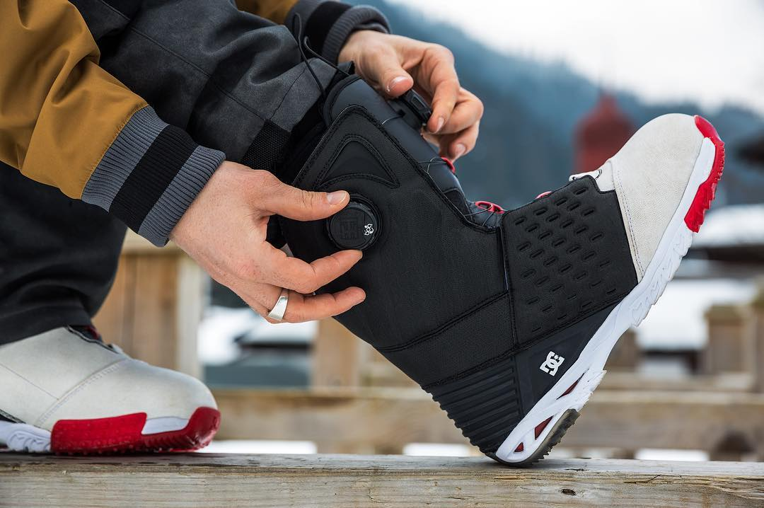 Winter is just around the corner and we're proud to present @torsteinhorgmo's new signature boot. With a focus on comfort, support and style, it's also our most technical snowboarding boot to date. See all the tech features now at:...