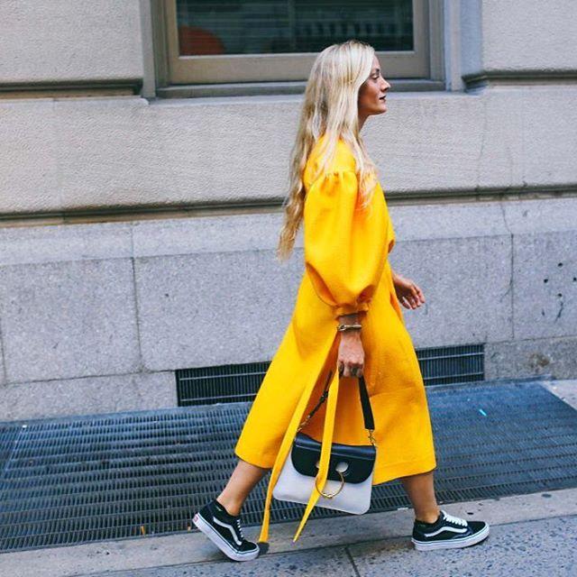 Kate Foley fue una de las tantas mujeres que fueron al Fashion Week de NYC con #OldSkool. Debes saberlo