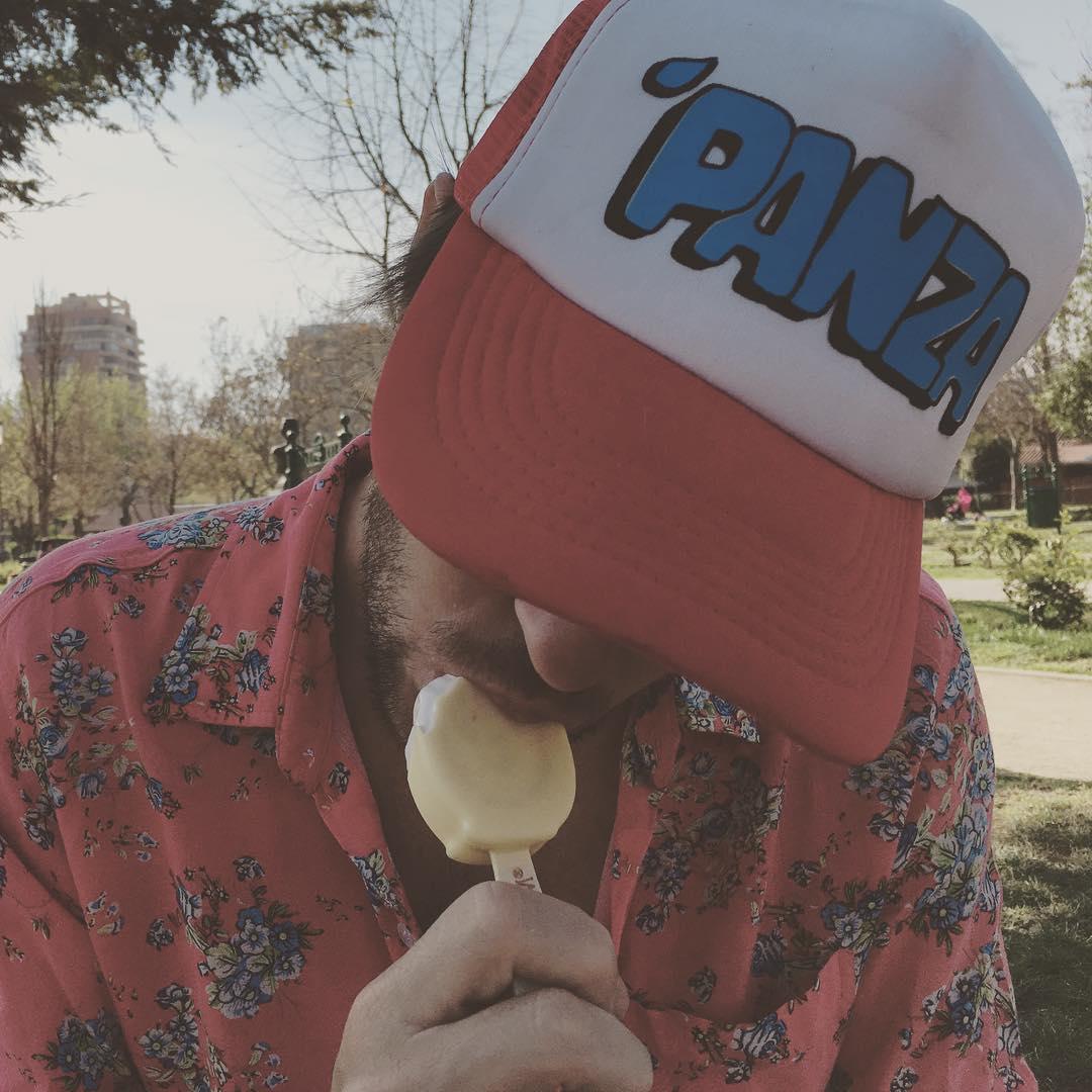 Hoy no olvides chaparte un helado. #palitobombon  #diadelaprimavera