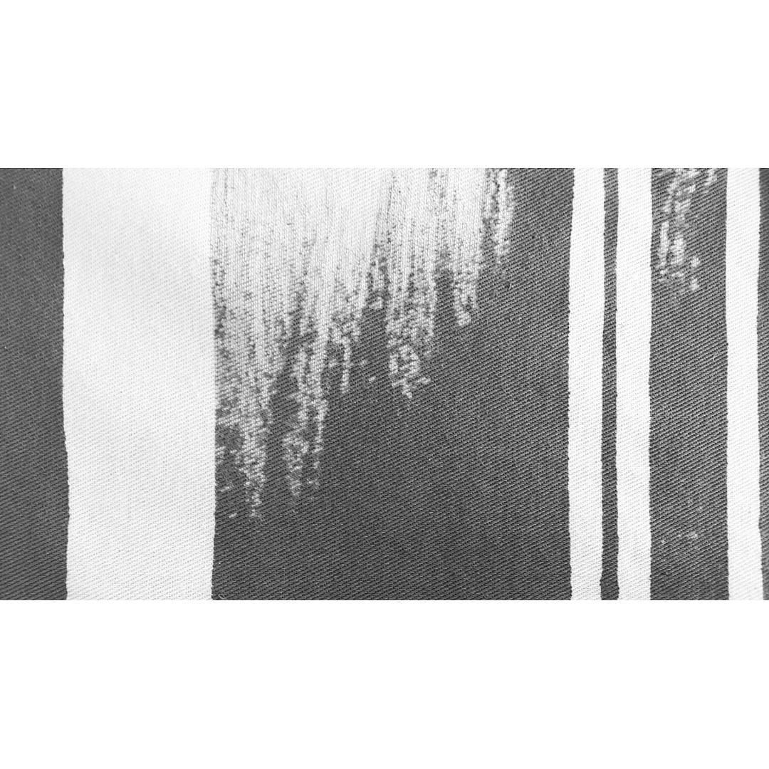 Trabajando en nuestros textiles para la Canvas Series SS17.  Hechos a mano en nuestro taller.