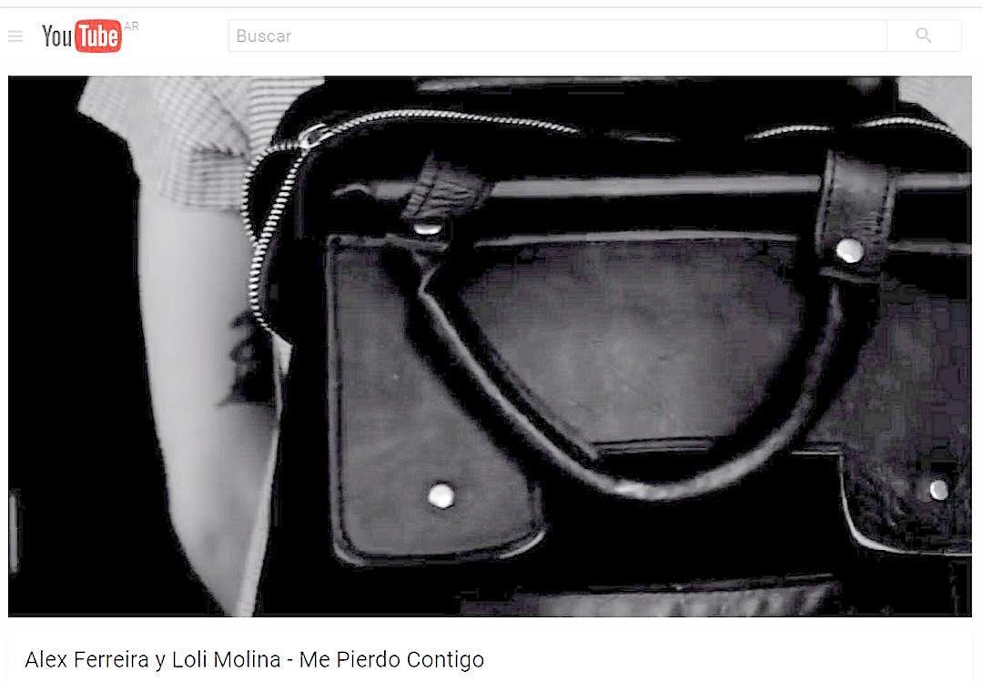 """Somos parte del mundo de la bella @lolimolinamusica ! En este video se ve nuestra mochila! Hermosa canción """"Me pierdo contigo"""" junto a @alex_ferreira"""