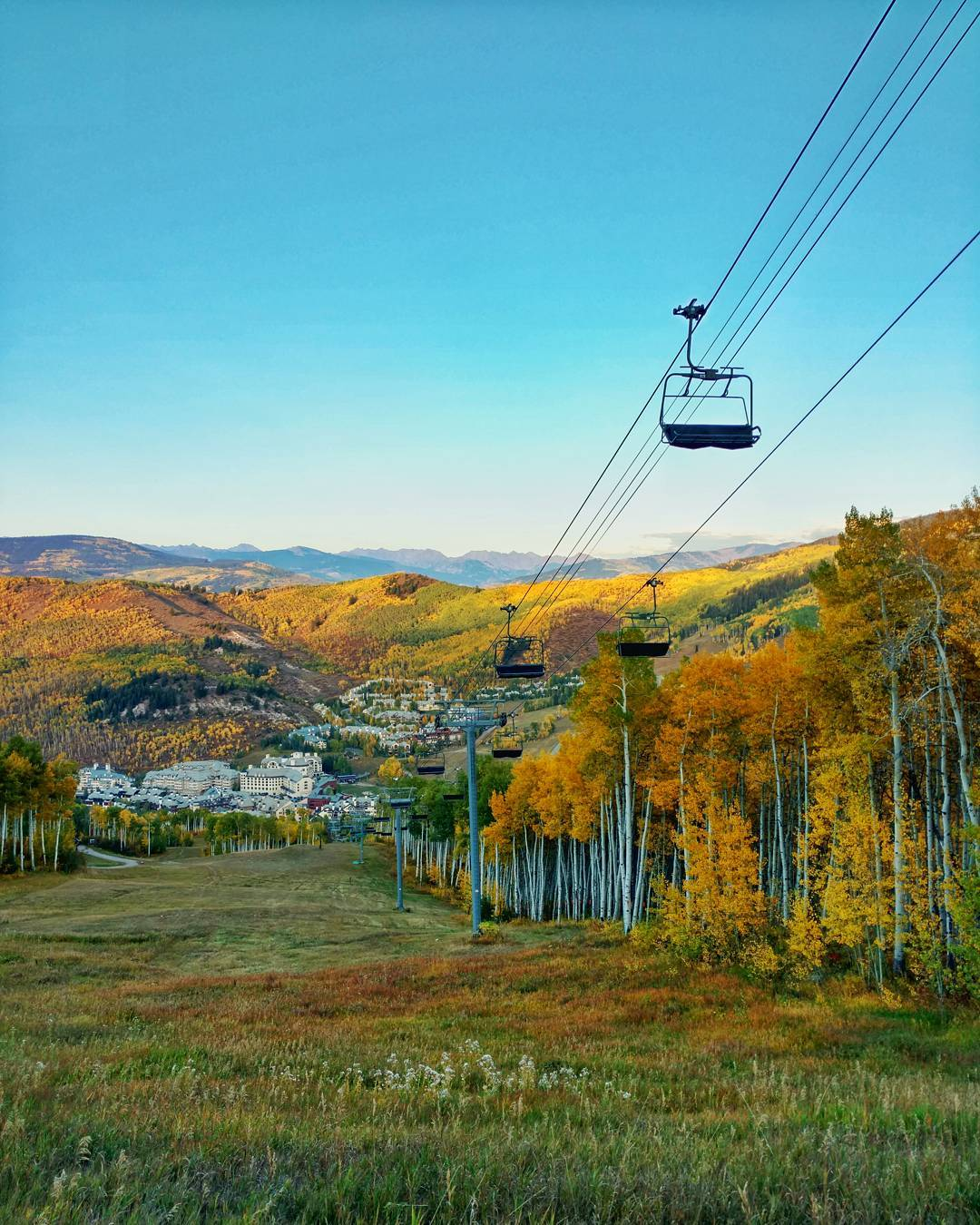 Tonight is Eagle County's year 1 registration! With the leaves turning at @beavercreek our staff and participants are getting antsy for #winter ride days