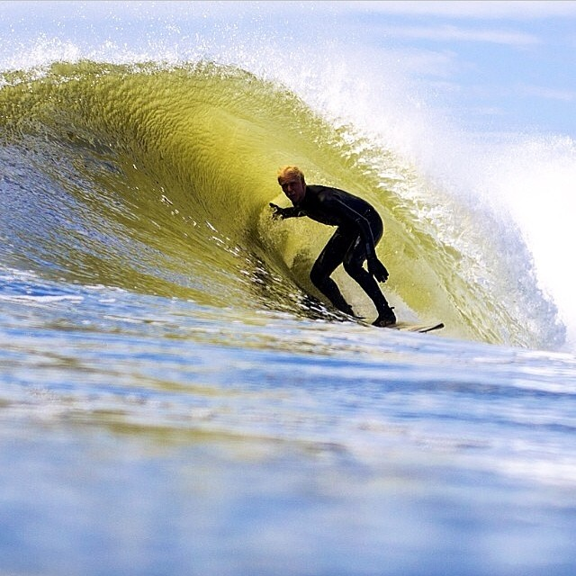 ~Mini barrels @genaro_raimo PC: @dprzygocki ~ #HotlineWetsuits #SantaCruz #Barrels #Surfing