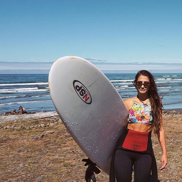 Surfs up. @jkilla08 getting after it. #sensijenna top looking fabulous underneath that 4/3 wetsuit.
