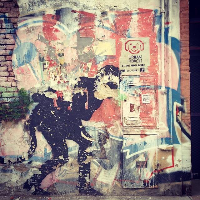 Póster! Sobrevivir en la jungla #póster #pixelart #urbanlife #urbanroach #pixel #pasteup #dog #streetart