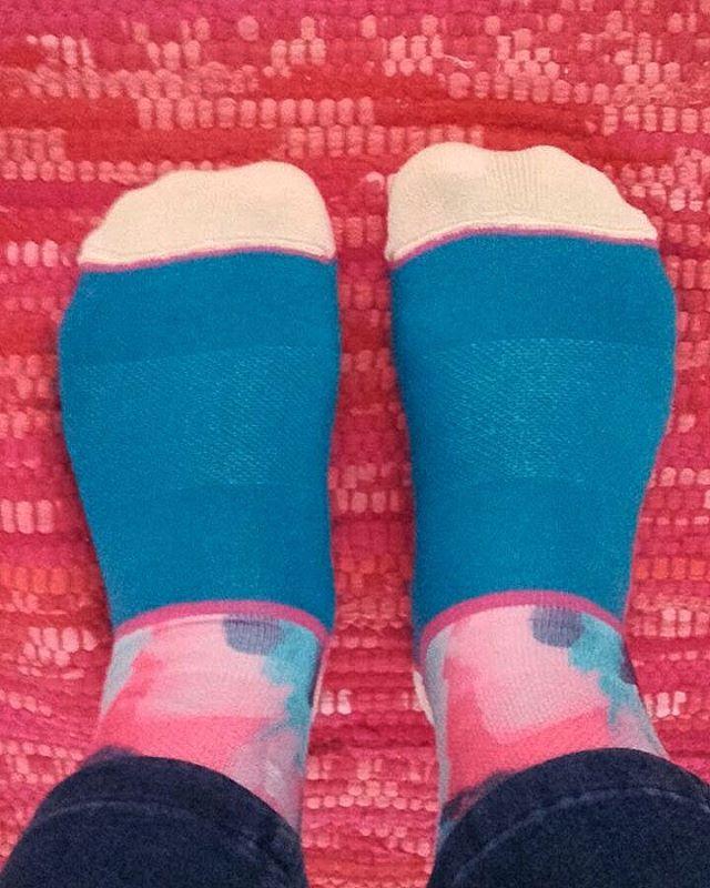 Estamos de estreno de estación con la primavera y Ro aprovecha para estrenar sus #OliverSocks y ponerle color a sus pies. ¡Muchas gracias @rosipep por compartirla con nosotros!  Vos también compartí tu historia subiendo una foto con tus Oliver Socks,...