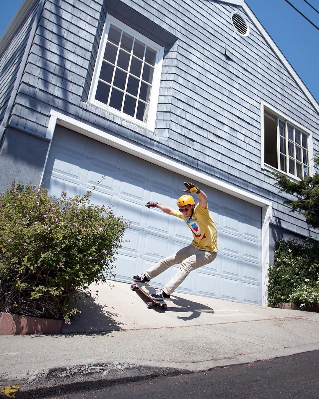 #OrangatangAmbassador @danielfissmer slashing a driveway with arms wide open.