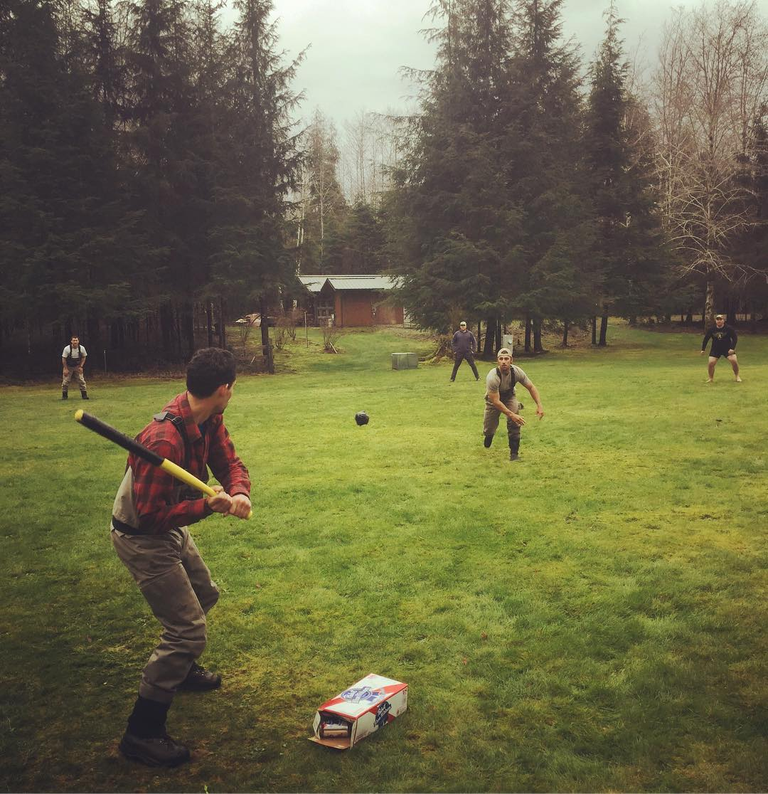 Starting the weekend with some fishing guide wiffle ball. @revel_in_nature and crew are finding out how difficult it is to actually run in waders. #wiffleball #flyfishing #beer #pladra