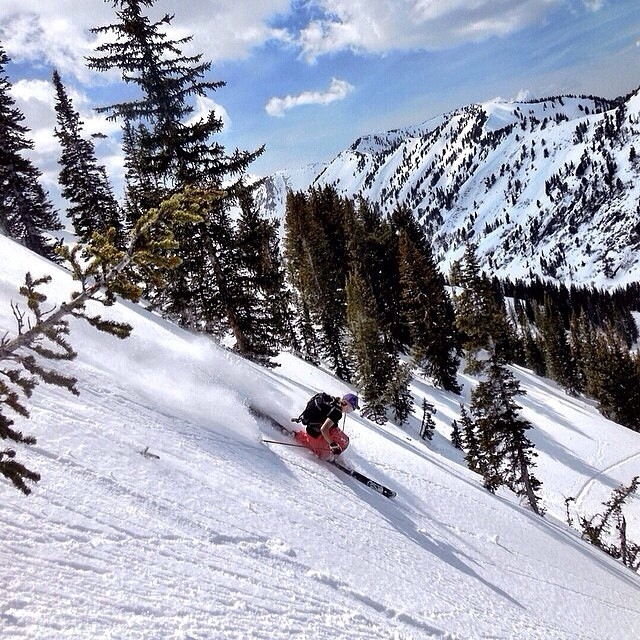 Can't beat shredding in May.  @lucysack takes full advantage of the #Wasatch lifestyle // @k2_ski_alliance @flylowgear // #plantyoursoul