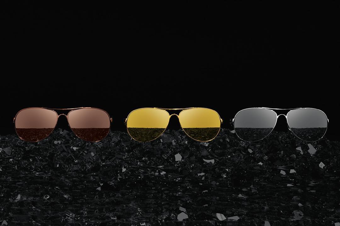 Fine metal finishes meet classic style with the #OakleyFeedback Precious Metals Collection. #OakleyWomen