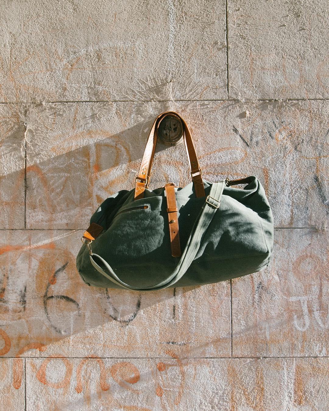 Viernesssssssssssss  Irvington Weekenders en stock, y en sale 30%, HASTA EL DOMINGO INCLUSIVE.  www.tinchoandlola.com