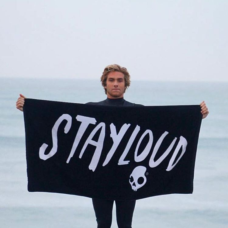 @gaanestad is here to remind you to #STAYLOUD this weekend