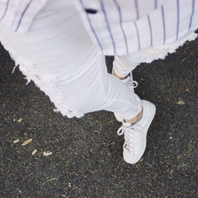#FromWhereIStand #LookFromAbove Pantalón Hannibal & Camisa Lines & Zapatillas White  Conseguí el look en www.chelseamarket.com.ar Envíos gratis a todo el país