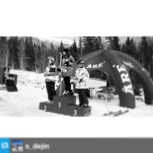 Big shout out to @s_dejin who placed first at the #Swedish #Slopestyle Tour. #sisterhoodofshred #skiing #nailedit
