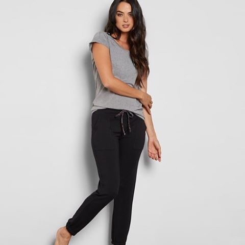Hello, Weekend...meet the Ingra Sweatpants. We think the two of you will get along. #weekendwardrobe #livesustainably
