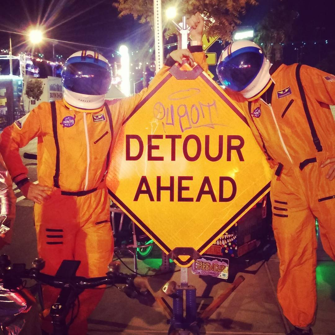 #interbike #mobilesocial#bikeparty with our friends @bikehugger @newbelgium @ternbicyles @stromerbicycles and friends was out of this world this year! We took a few amazing detours with these Green Guru spacemen.