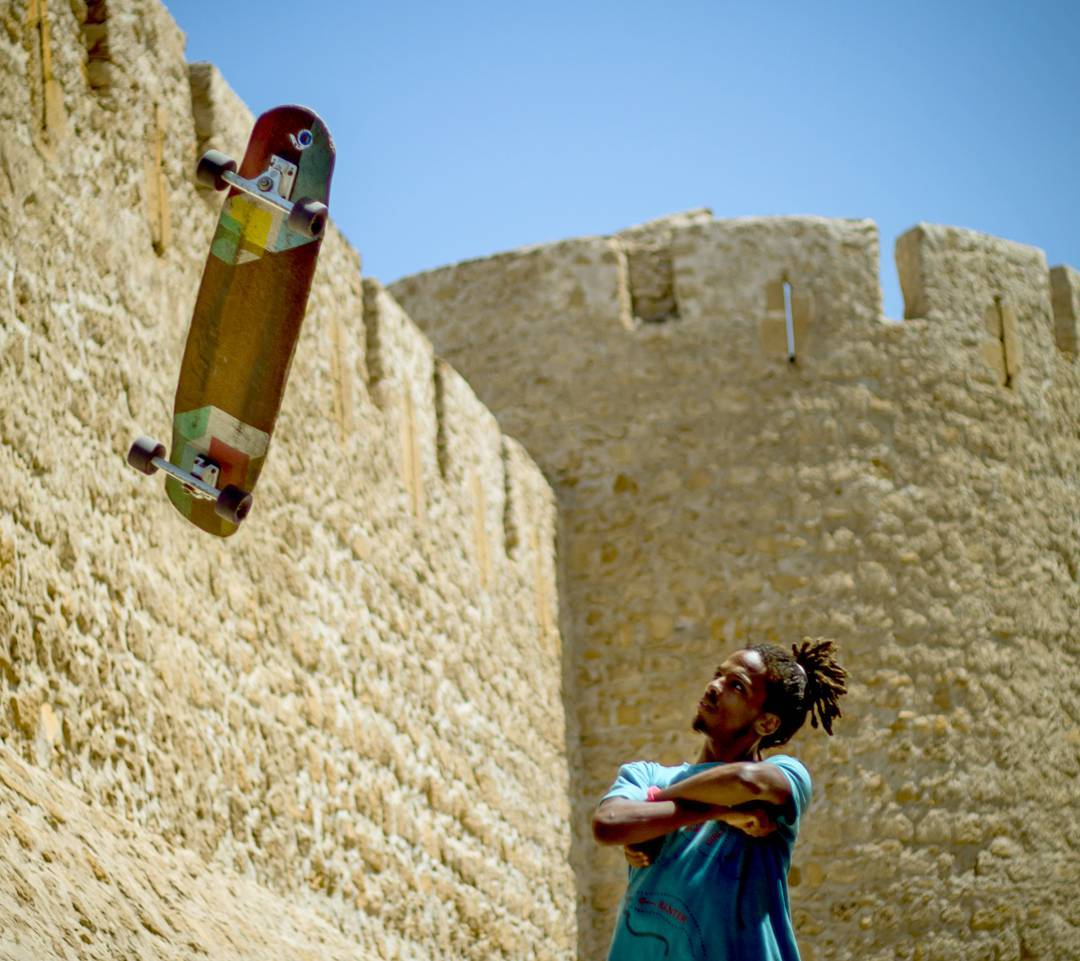 #LoadedAmbassador @yassineboundouq looks to his floating Loaded Tesseract to see where his board will take him to next.  #LoadedBoards #Orangatang #Tesseract #LoadedTesseract #morocco