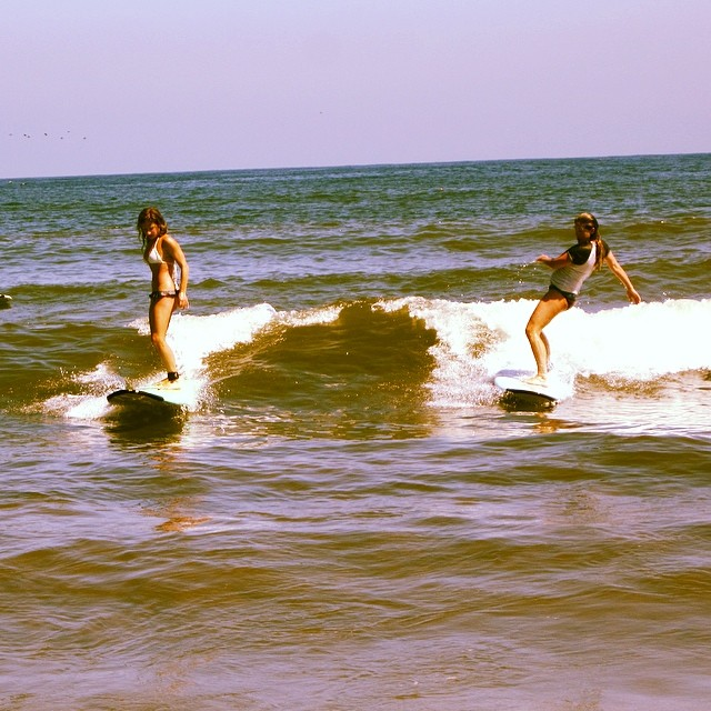It's a rare occasion that I get to surf with my gals - super #stoked #partywave #surfergirls #surfing #sayulita #mexico #beachbum #wanderlust #bikinifox #outdoorwomen