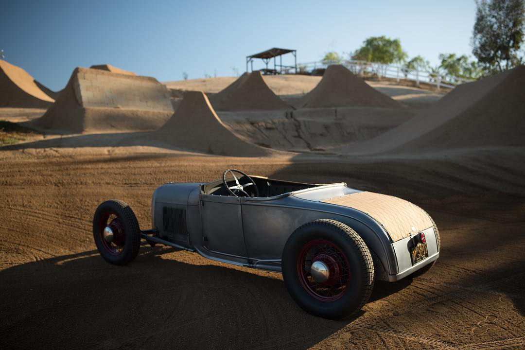 Our buddy @heathpinter has been thrashing to finish up a project that we are going to show you soon. But for now, here is his roadster parked in his backyard.  Yes, those are BMX jumps back there. #dreamcompound #hotrod #hoonigan