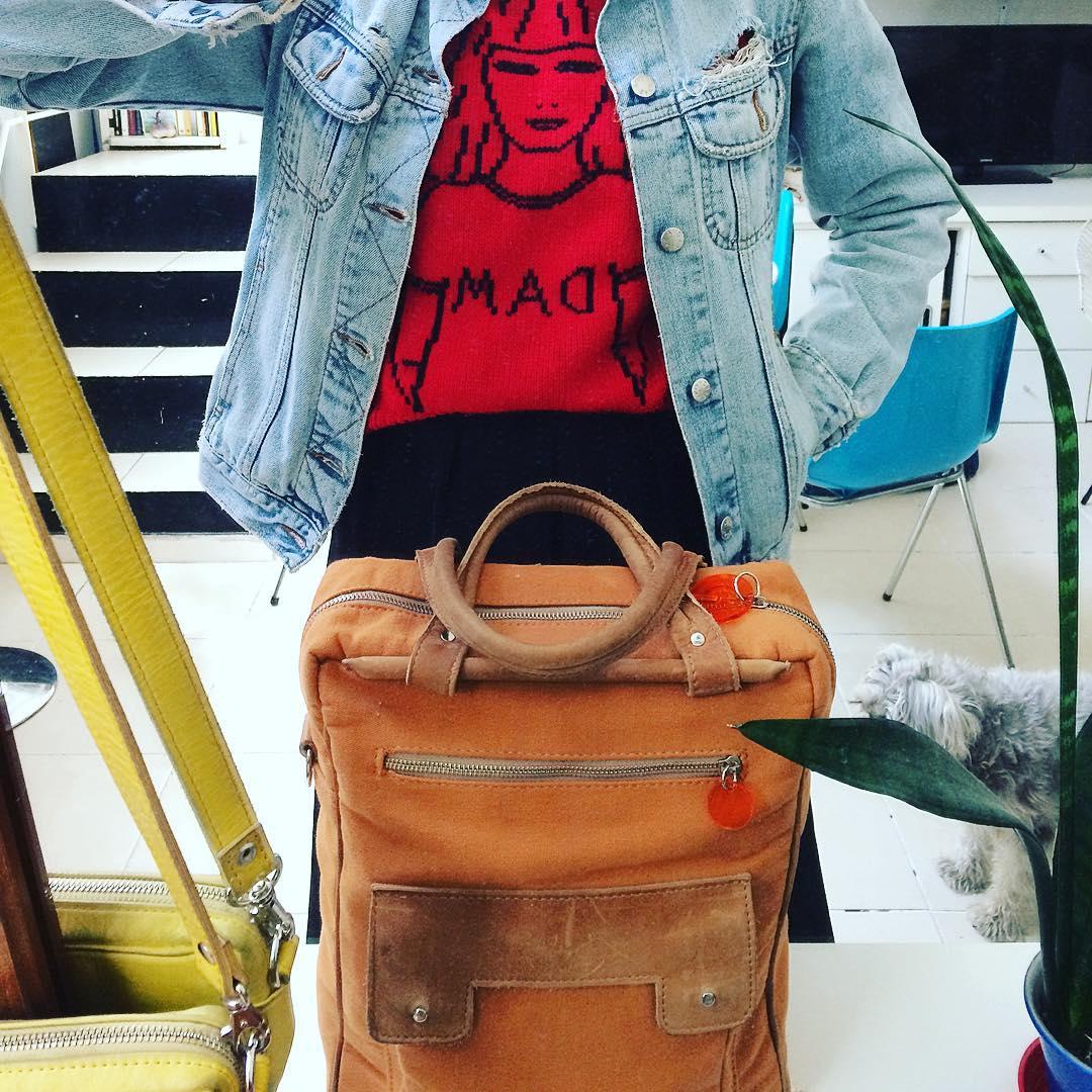 @dam.boutique y @pitimini_bolsos la fusión perfecta! #industriaargentina #hechoamano #trabajojusto y #Dru asomando!