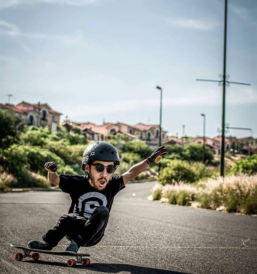 #LoadedAmbassador @azanzamike sometimes suffers from Stoke Induced Cranial Inflammation. It's hereditary, so unless your parents have shown symptoms, you have nothing to fear... or everything to envy.  Photo: @yahzper_m  #LoadedBoards #Tesseract...