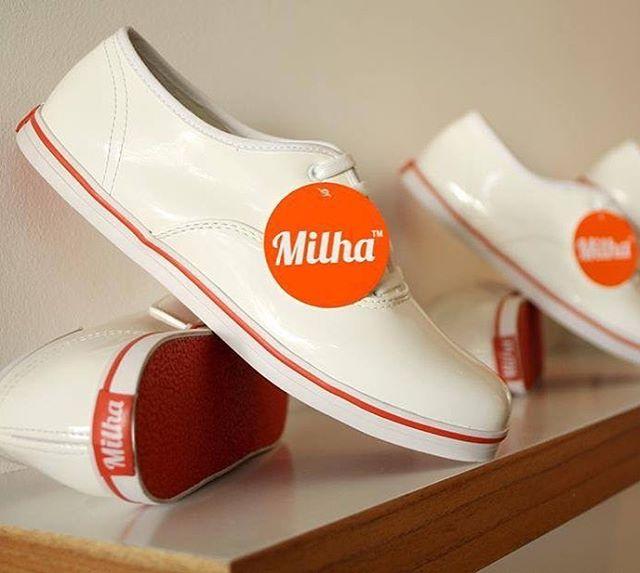 London White! Lindas, femeninas y súper combinables... Ya están en el Milha™ Soho Store (Gorriti 4864)! Veni a buscarlas! #milha #totalwhite #white #zapatillas #moda #compras
