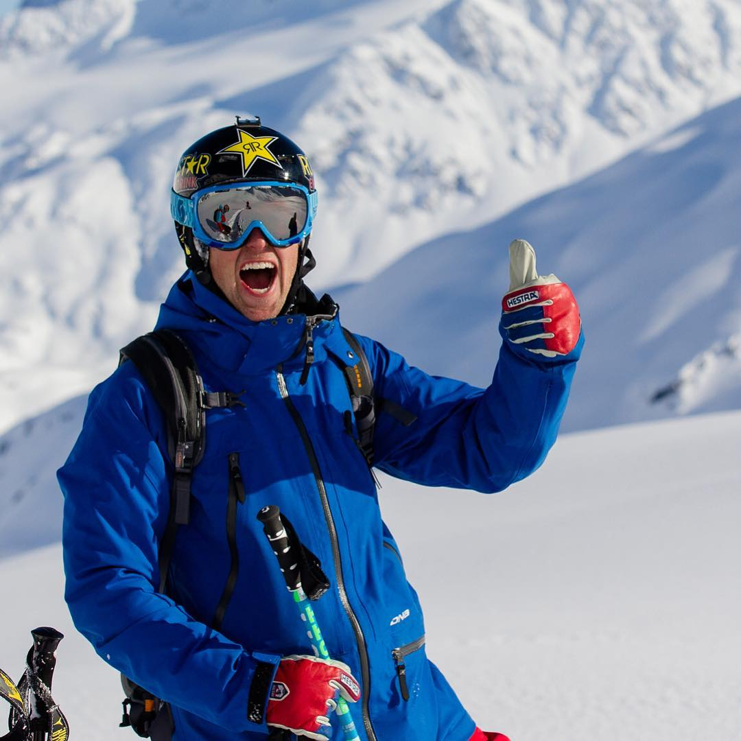 We miss you Erik. Here is Erik Roner making us smile as usual! #livelikeroner #smileforroner #helmetsarecool