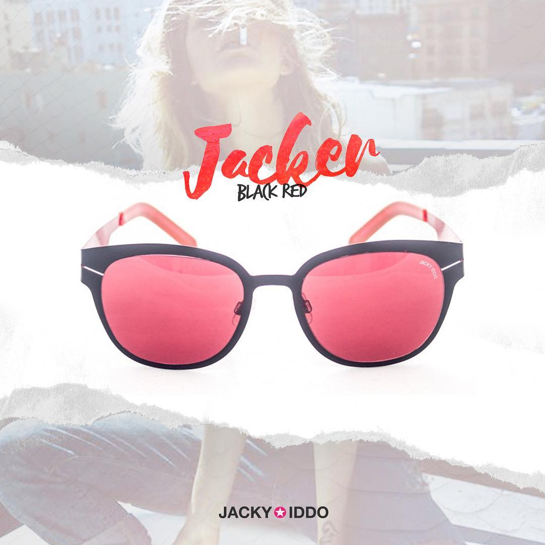 ✖︎ Jacker Black Red ✖︎ Diseño exclusivo Stainless Steel, de alta resistencia y súper liviano.