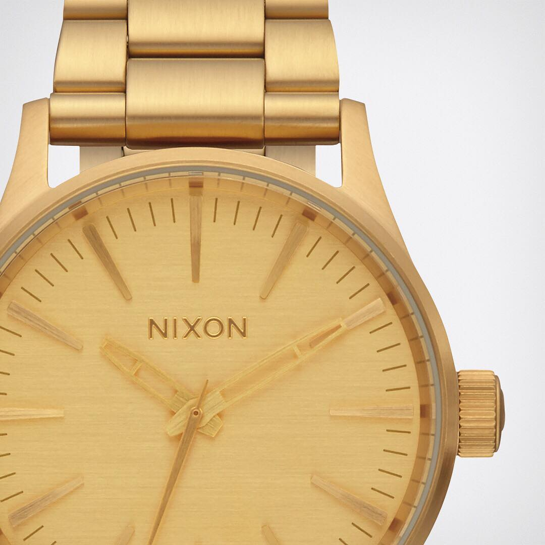 Stand out. The #Sentry38 features understated but noticeable design with the modern Nixon twist.