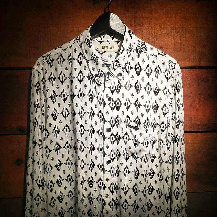 #camisa #indie #ropaRevolver #Borges2475