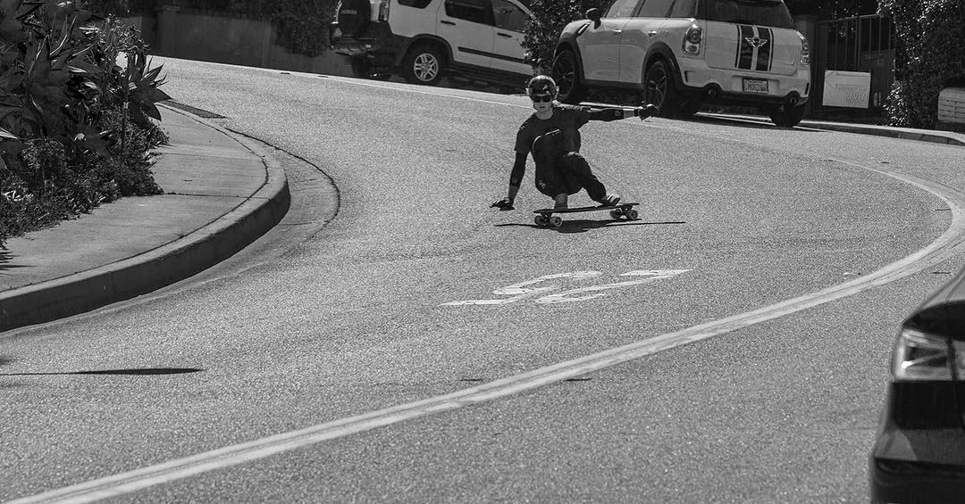 @speedscientist made a trip down to Cali last week and checked out some of the local Laguna flavor! PC: @h_hageee #longboarding #downhill #lagunabeach #dbkeystone