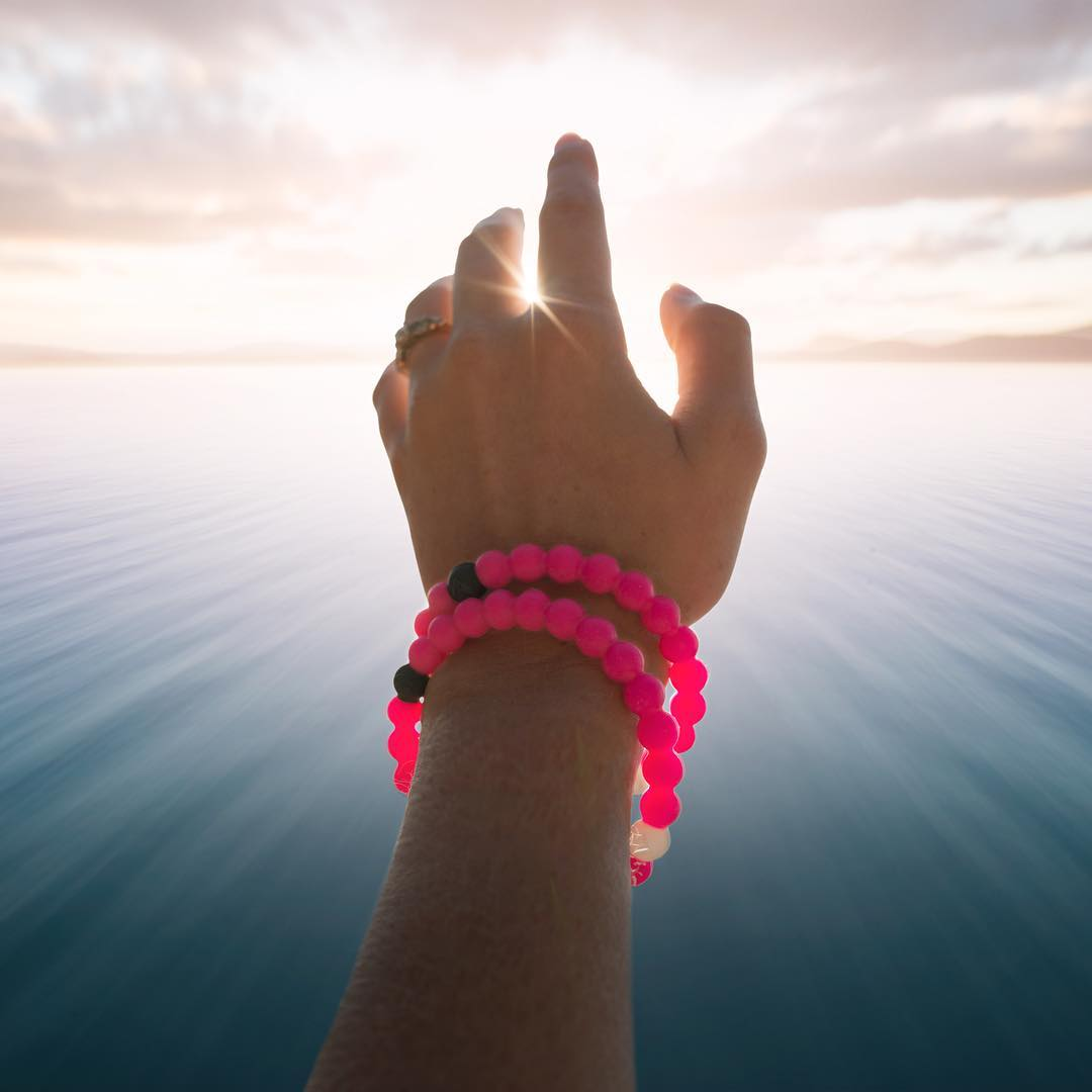 Extend your reach, show your support #livelokai ⠀⠀⠀⠀⠀⠀⠀ The Breast Cancer Lokai is now available via the link in our bio!