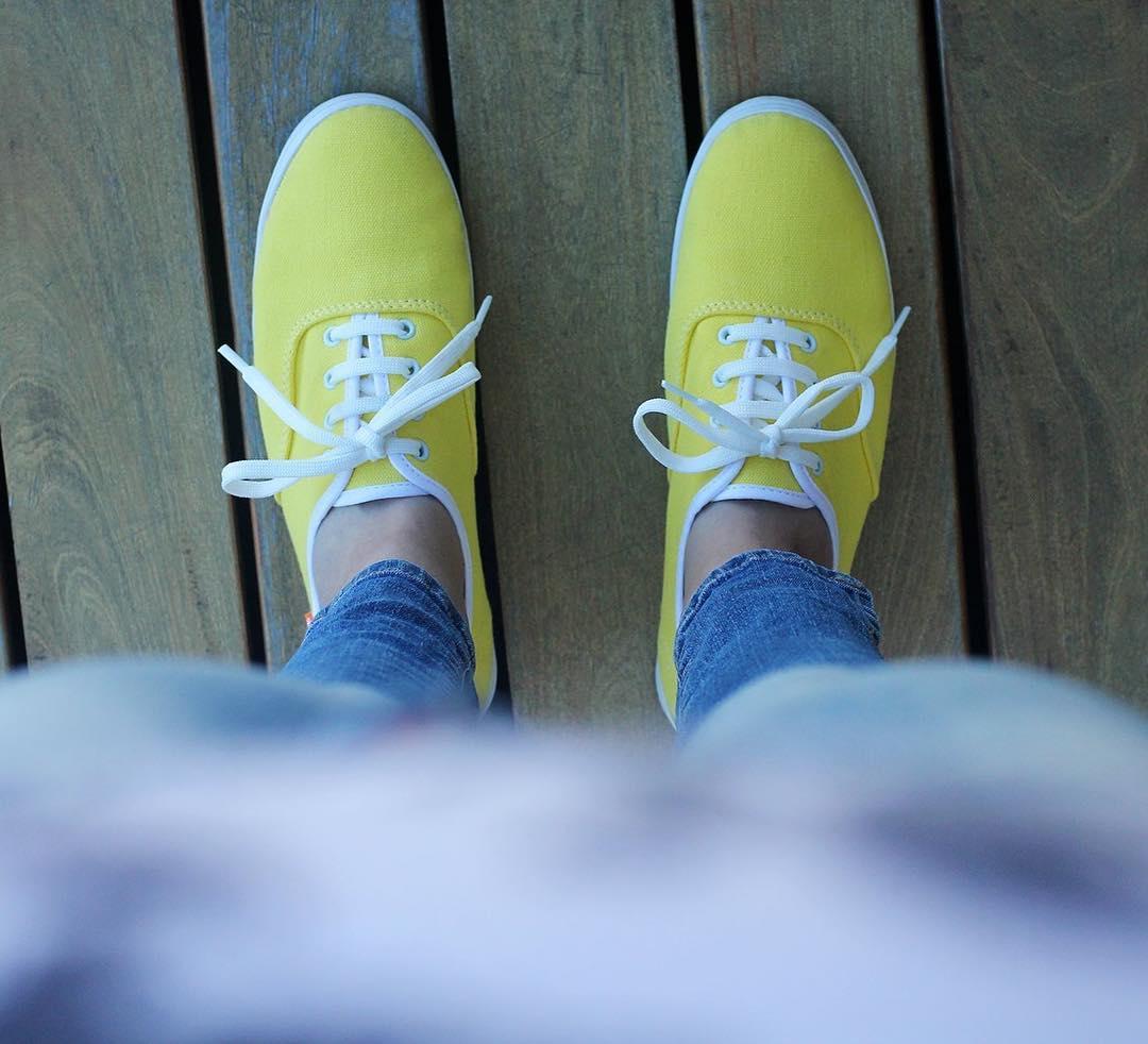 El amarillo es un infaltable para un outfit de primavera!