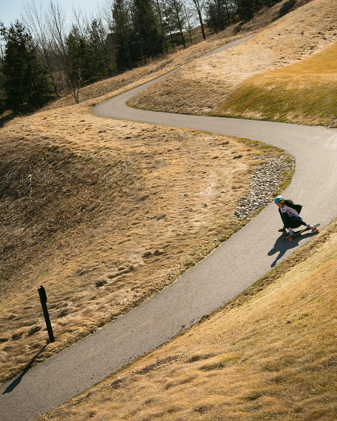 Left, right, left! We all love making turns. @iamcindyzhou definitely does, hands down.