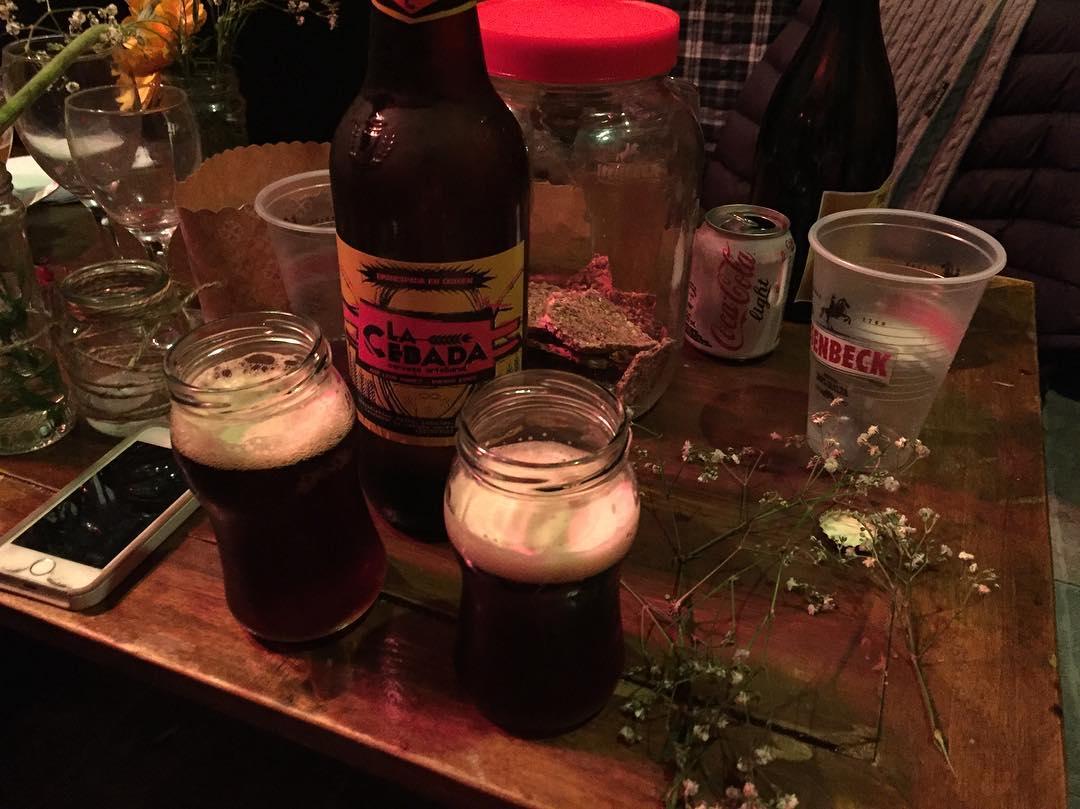 Compartiendo el renacer #lacebada #cooperativa #cervezaartesanal #trippingmood en @vuelaelpez #sinfiltro