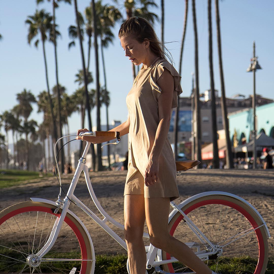 Sneak Peak Summer 2017!!! Photoshooting in LA #monochromebikes #monochromeworldwide #ilovemymonochrome