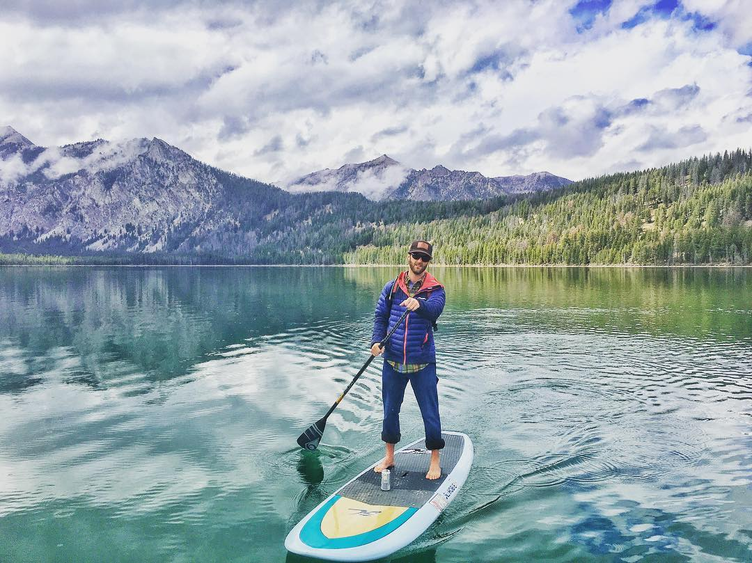 Anyone else get outside this weekend!? It's getting cold here in #idaho !! #phgb #snackwithpurpose #playwithpurpose #pettitlake