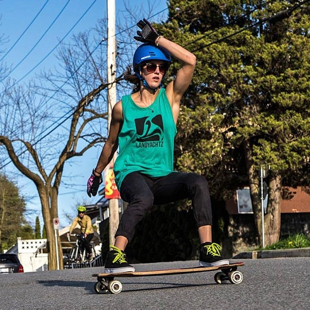 Have you seen @e_coree's 'Welcome to the team' video? Go to www.longboardgirlscrew.com and check it out! Photo cred? #longboardgirlscrew #youwishyouhadthosearms #letsopenafanclub